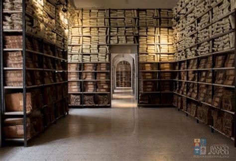 interno dell archivio storico banco di napoli