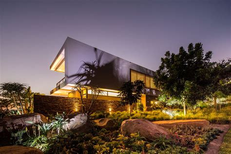 The Lighting Palace Lighting Garden Evening Contemporary Residence In Kwa