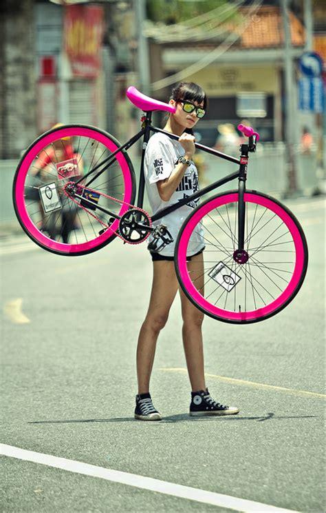 holländische wohnaccessoires bike i ve recently added a pink and matte black
