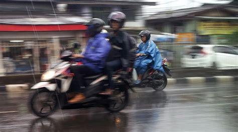 Tempat Sewa Motor Di Bali liburan di bali dengan rental motor di saat musim hujan