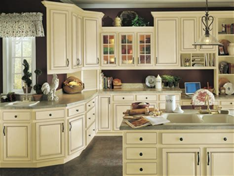 vanilla cream kitchen cabinets jdssupply com tuscany by armstrong cabinets