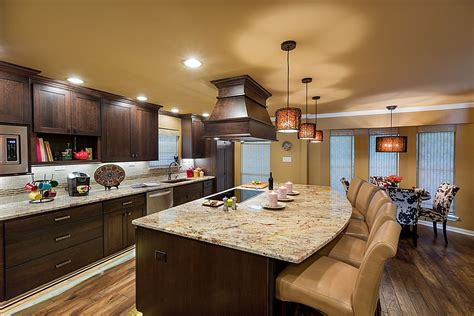 matching kitchen cabinets 40 magnificent kitchen designs with dark cabinets cret 237 que