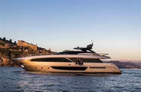 riva biggest yacht first ever images of the impressive yacht riva 100