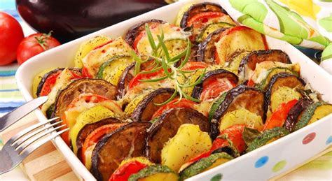 cuisiner les aubergines au four courgette aubergine recette et astuce gourmand