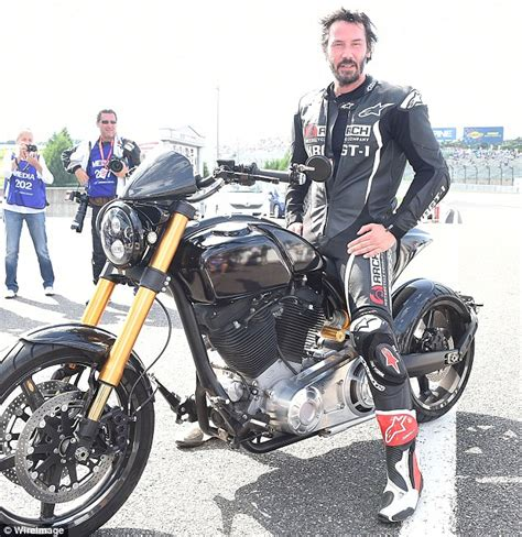 Online Garage Designer keanu reeves test drives krgt 1 motorcycle on the japanese