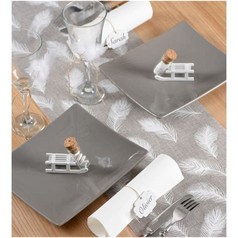Chemin De Table Blanc Et Gris by Chemin De Table Plumes En Toile De Jute Gris Blanc 3 M