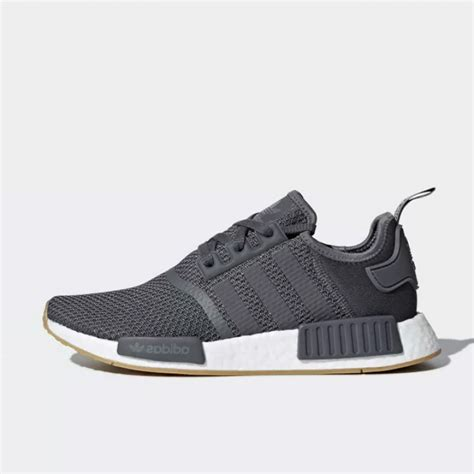 Adidas Nmd R1 By Juragan Sepatu jual sepatu sneakers adidas nmd r1 grey original