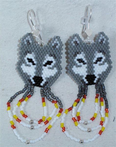 beaded wolf earring pattern beading patterns beaded wolf earrings at
