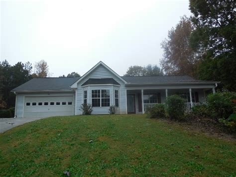 houses for sale in covington ga 130 creekstone ct covington ga 30016 foreclosed home information foreclosure homes