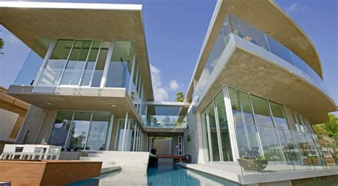 dj avicii s astounding 15 5 million property in hollywood
