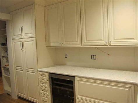 white kitchen cabinets with glaze decor ideasdecor ideas