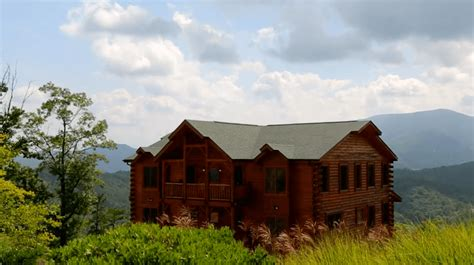 Best Cabins In The Smoky Mountains by 5 Reasons To Your Family Reunion At Large Cabins In