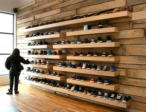 The Shoe Rack Outlet Familia Skateshop Shoe Display Display And Retail