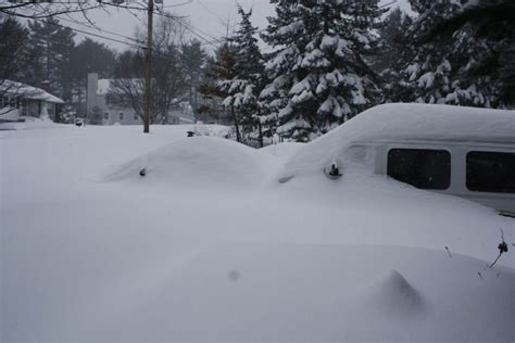 the blizzard 10 worst blizzards and hurricanes in massachusetts history