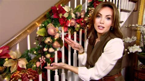 how to decorate for christmas with garland tip from lisa