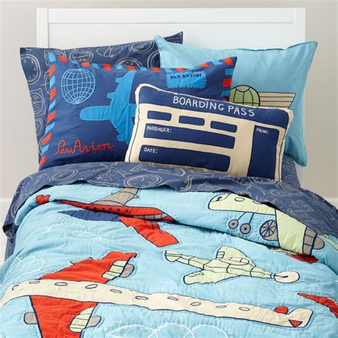 airplane bedding sets airplane themed boys room boy room ideas