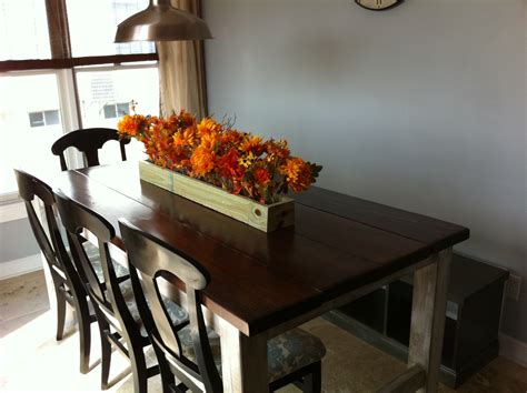 white rustic farmhouse table diy projects