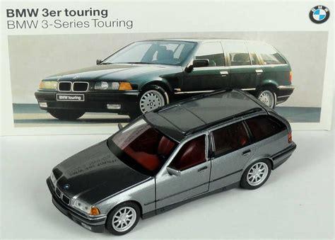 1:43 BMW 325i touring (E36) grau met. Der neue BMW 3er