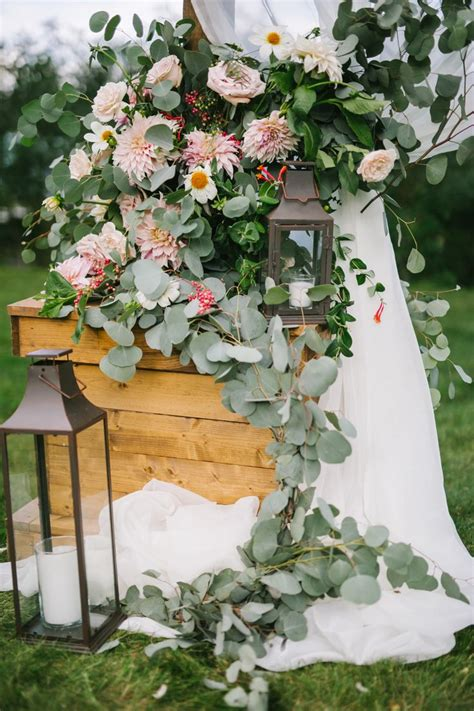June Wedding Flower Ideas by 17 Best Ideas About June Wedding Flowers On