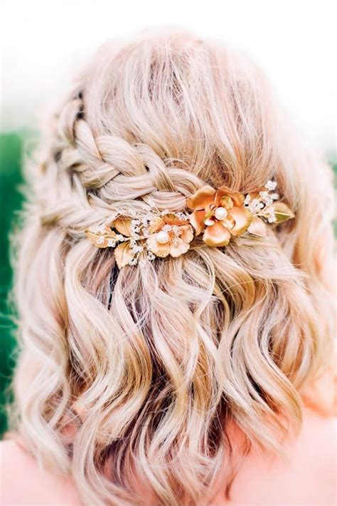homecoming hairstyles with flowers best 25 short prom hairstyles ideas only on pinterest