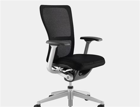 ergonomic office desk chair 13 best ergonomic office chairs of 2016 gear patrol