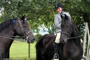 uk celebrities who love horses jayne goodwin died after horse threw her off daily mail