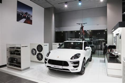 porsche showroom porsche porsche centre kuwait unveils enhanced