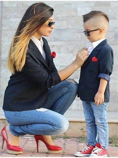 Topi Take Anak foto lucu dan menggemaskan ibu dan anak laki lakinya