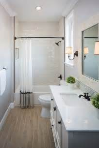 Small Bathroom Makeovers Ideas by 25 Best Ideas About Small Bathroom Makeovers On Pinterest