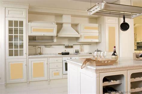 1000 ideas about hanging art on pinterest kitchen 1000 images about kitchen ideas on pinterest vintage