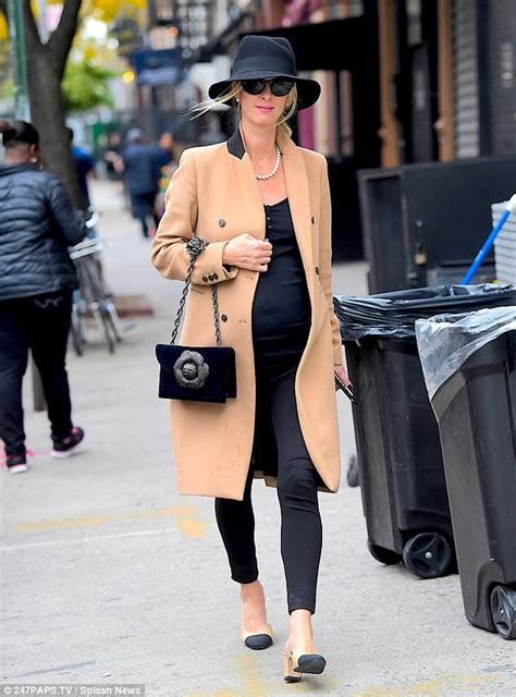 Fashion News Of The See Spot Run Fowl Faux Fur Second City Style Fashion by Nicky Shows Baby Bump In Nyc