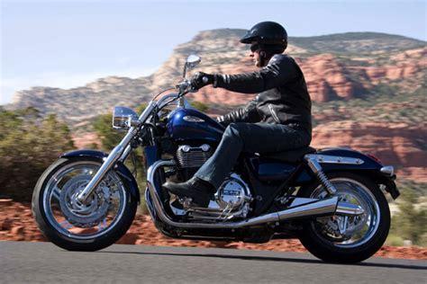 Motorrad News Bestellen by Triumph Thunderbird Modellnews