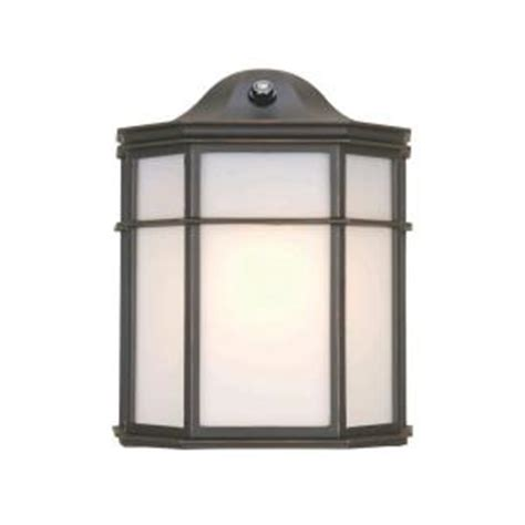 Home Depot Exterior Lighting by Hton Bay 1 Light Rubbed Bronze Outdoor Dusk To