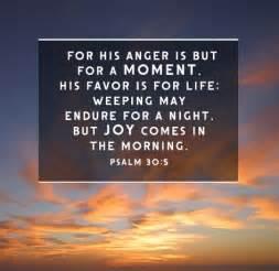 psalm of comfort 8 encouraging bible verses about comfort