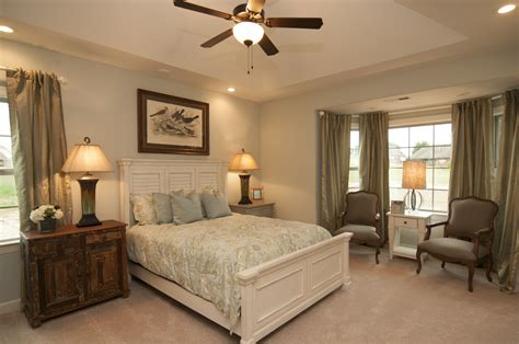 sitting area in master bedroom pinterest discover and save creative ideas