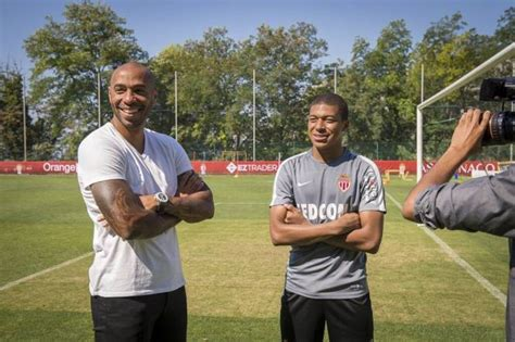 kylian mbappe thierry henry foot ligue 1 monaco monaco kylian mbapp 233 thierry