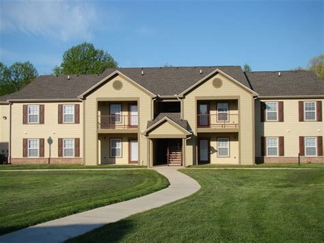 2 bedroom apartments in cookeville tn 2500 w jackson st cookeville tn 38501 rentals