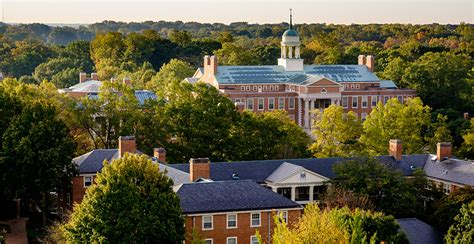 Forest Mba Us News by U S News Ranks Wfu Among Top 30 National Universities