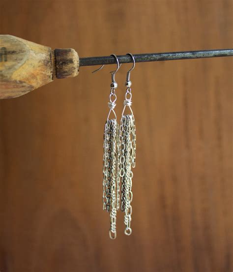 how to make wire jewelry how to make chain earrings free tutorial on craftsy