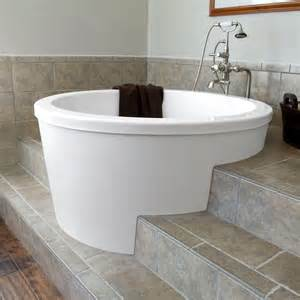 japanese bathtubs 47 quot caruso round japanese soaking tub like the way walk