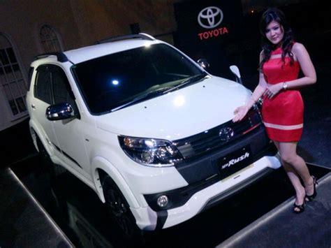 Petualangan Baru 1 4 new toyota 2016 menganut tema petualangan mobil