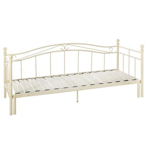 divano ferro battuto divano letto ferro battuto bianco mobili provenzali on line