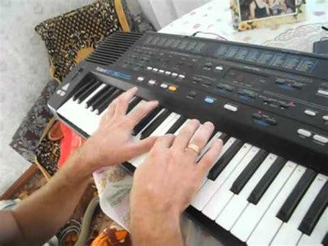 Keyboard Roland E36 titanic la ionica roland e36