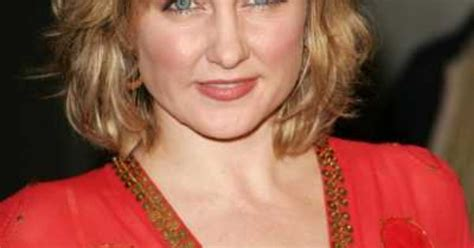 amy carlson blue bloods 2015 hairstyle amy carlson from blue bloods new hairstyles pinterest