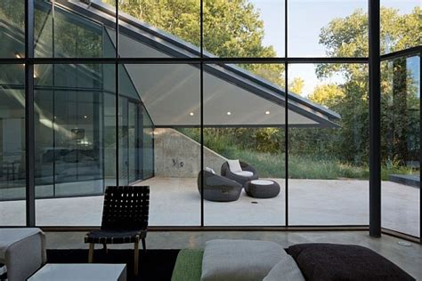 underground house encased  glass offers  modern