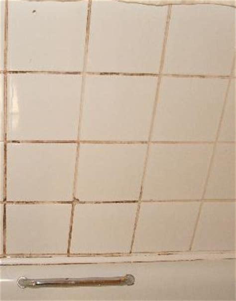 pulire le fughe delle piastrelle come pulire le fughe di piastrelle con un detergente fatto