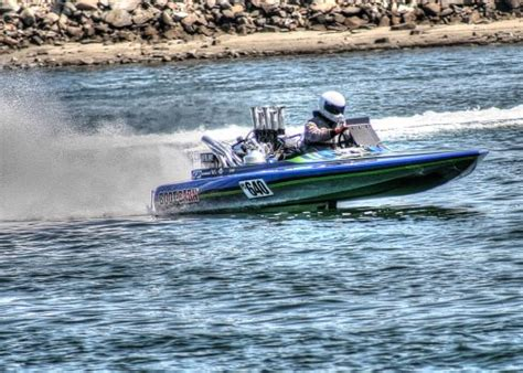 boat crash long beach speed boat driver critically injured in crash during race