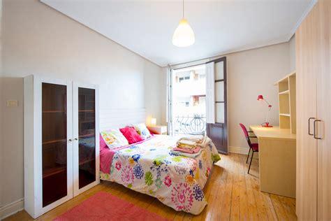 alquilo habitacion en bilbao 5 habitaciones elige la que mejor se adapte a tus