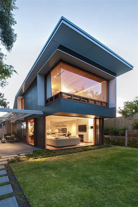 modern house architecture coogee house in sydney featuring a lovely glass roofed