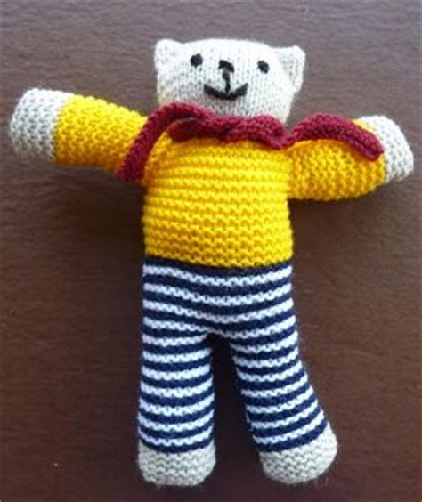 pattern for simple knitted teddy bear the rotary club of lutterworth district 1070